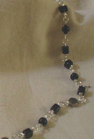 Black_crystal_necklace